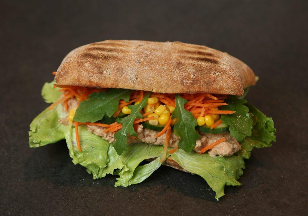 sandwich-1580348_1280